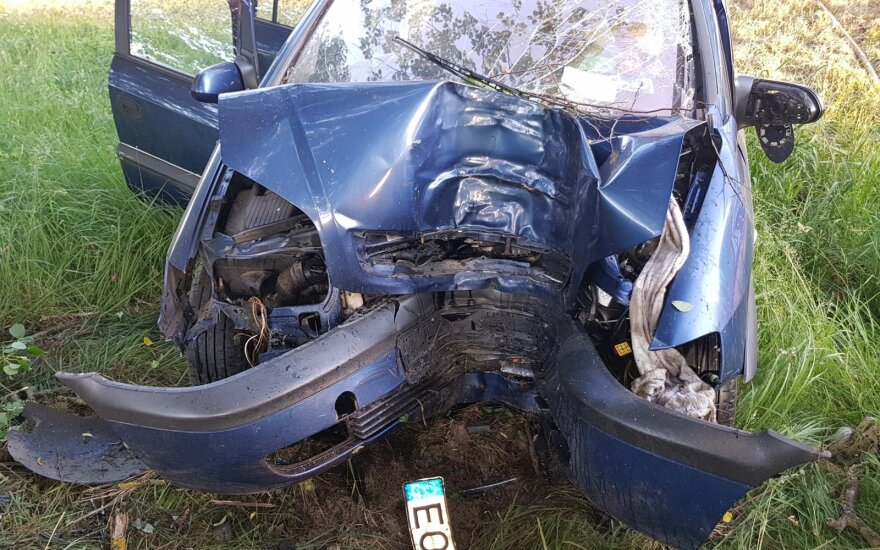 Tragiškas pirmadienio rytas – medikai konstatavo vairuotojo mirtį