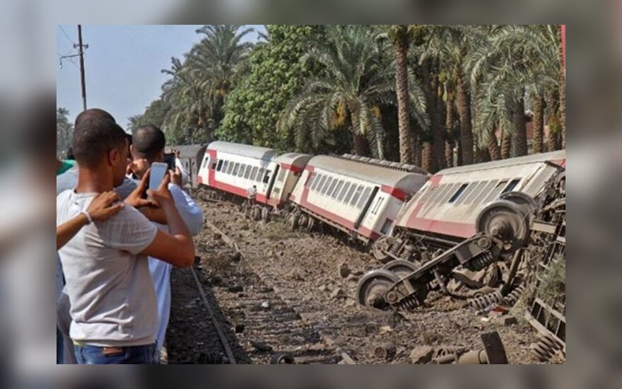 Kongo pietryčiuose per traukinio avariją žuvo 50 žmonių