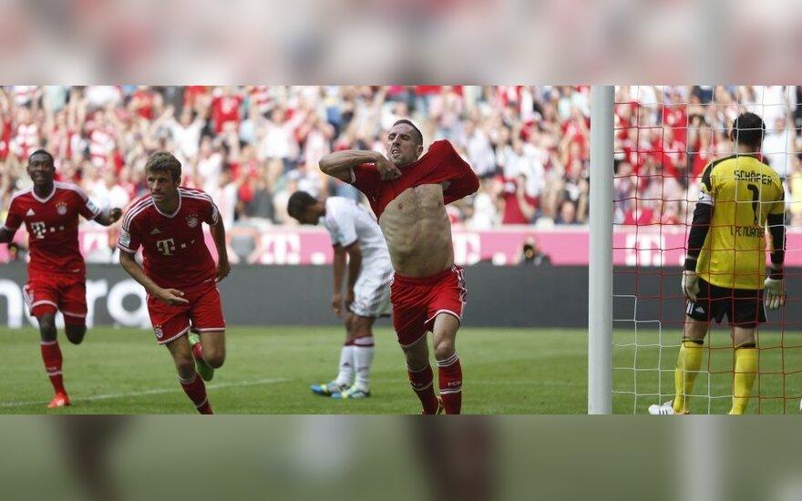 Frankas Ribery džiaugiasi pelnytu įvarčiu