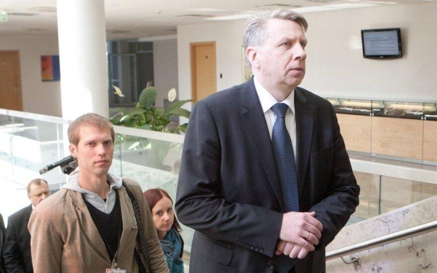 A. Butkevičius: D. Valys stengiasi jokios informacijos Vyriausybei neteikti