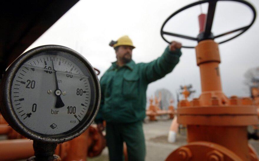"""Vyriausybė žvalgysis """"Gazprom"""" turto užsienyje"""