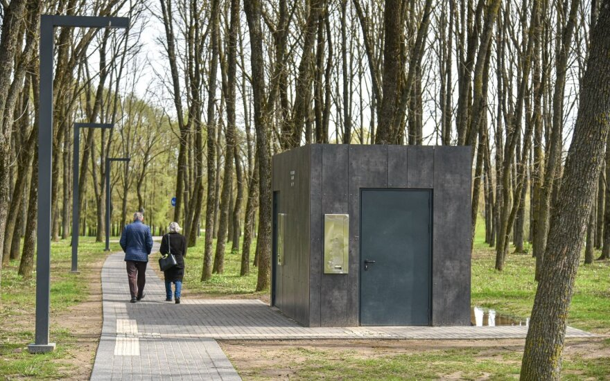Viešieji tualetai Panevėžyje (P. Židonio nuotr.)
