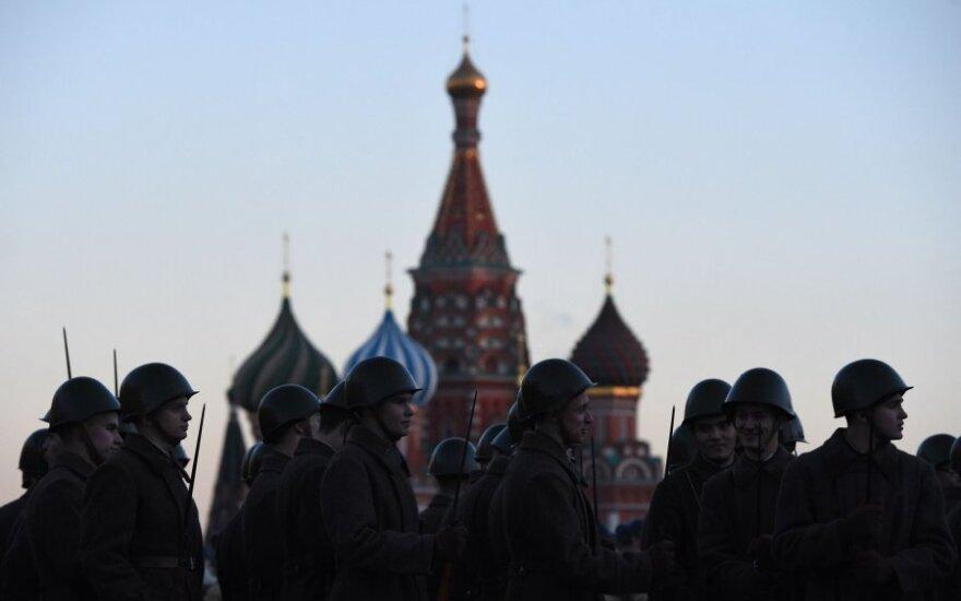 Kremlius tikisi, kad V. Putino ir D. Trumpo susitikimas padės sukurti veiksmingą dialogą