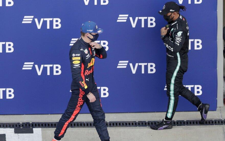 Maxas Verstappenas ir Lewisas Hamiltonas