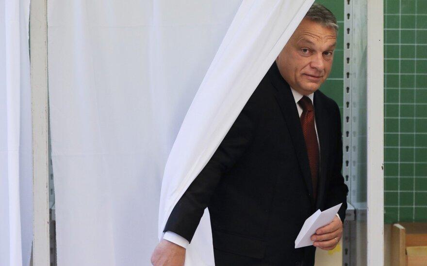 Pritrūkus rinkėjų, Vengrijos referendumas dėl pabėgėlių laikomas neįvykusiu