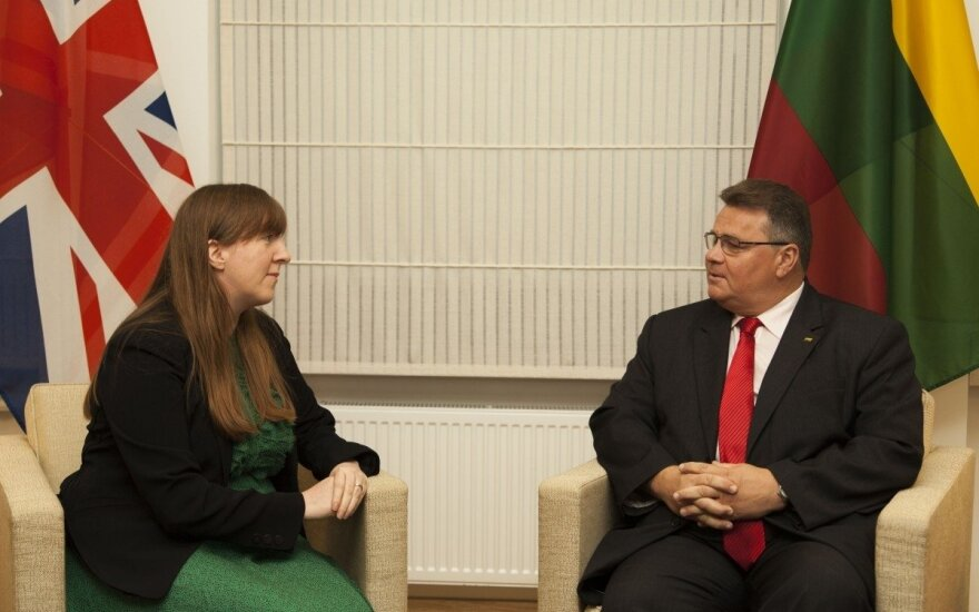 UK Ambassador Claire Lawrence and Lithuanian Foreign Minister Linas Linkevičius