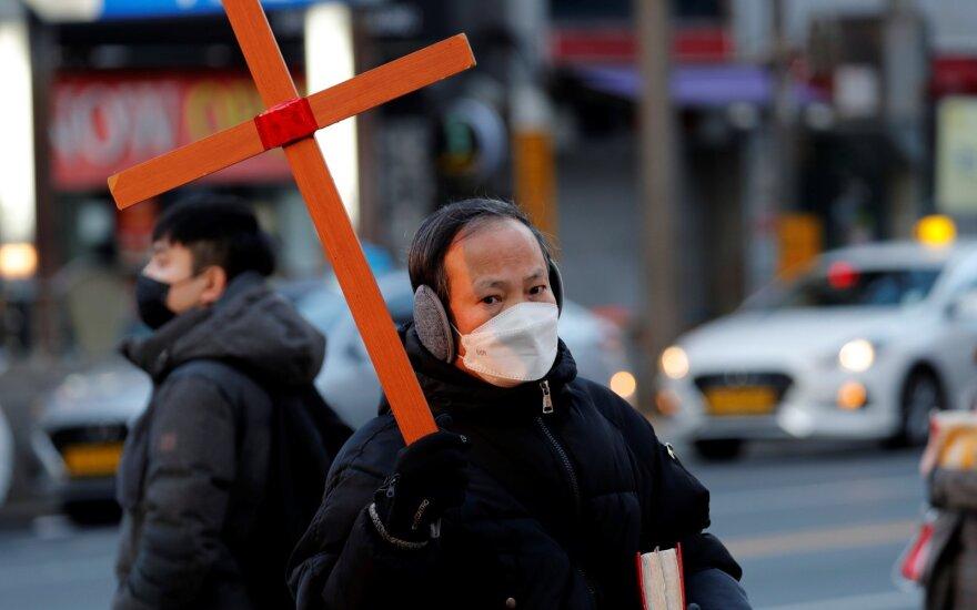 Pasaulio eksportas dėl gamybos sutrikimų Kinijoje sumažės 50 mlrd. JAV dolerių