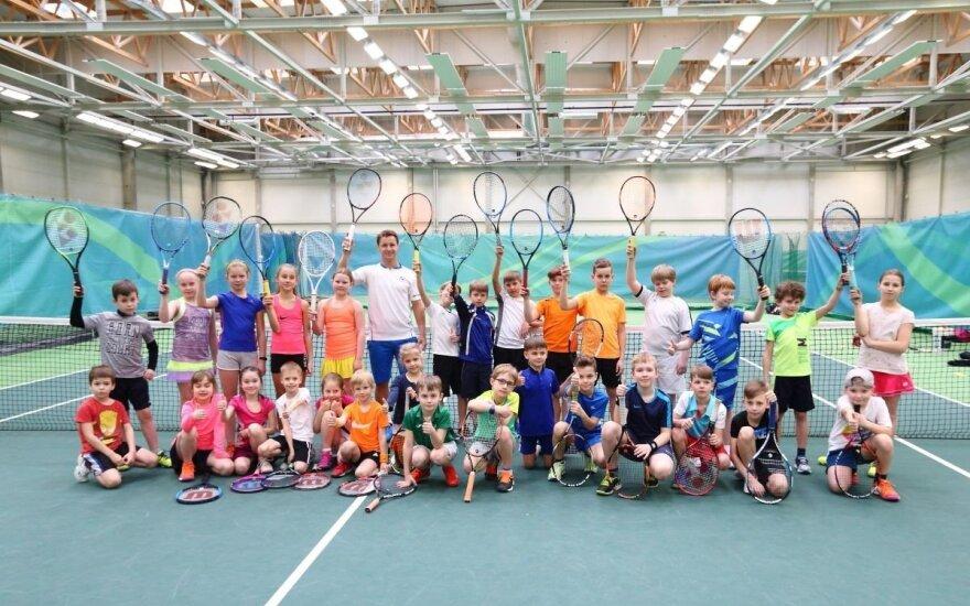 Ričardas Berankis su vaikais (tennis.lt nuotr.)