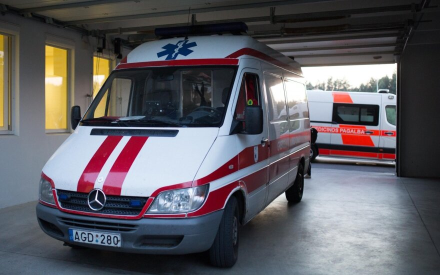 Naujoji Akmenė town to donate ambulances, other equipment to Ukrainians