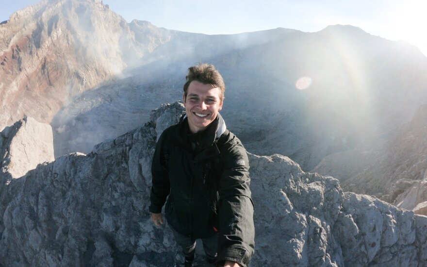 Ant Agungo ugnikalnio