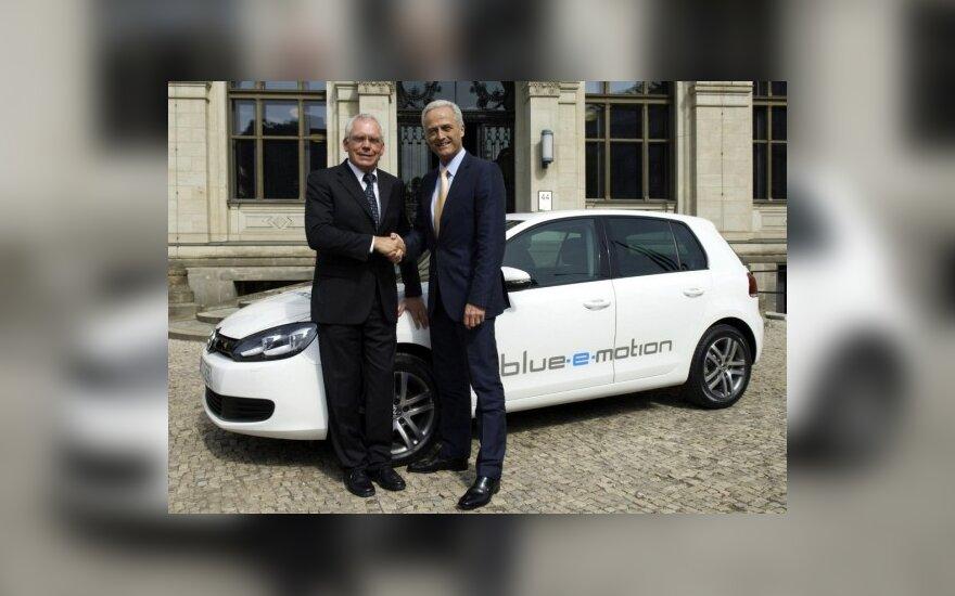"""Volkswagen"" pristatė elektrinę ""Golf"" koncepciją"