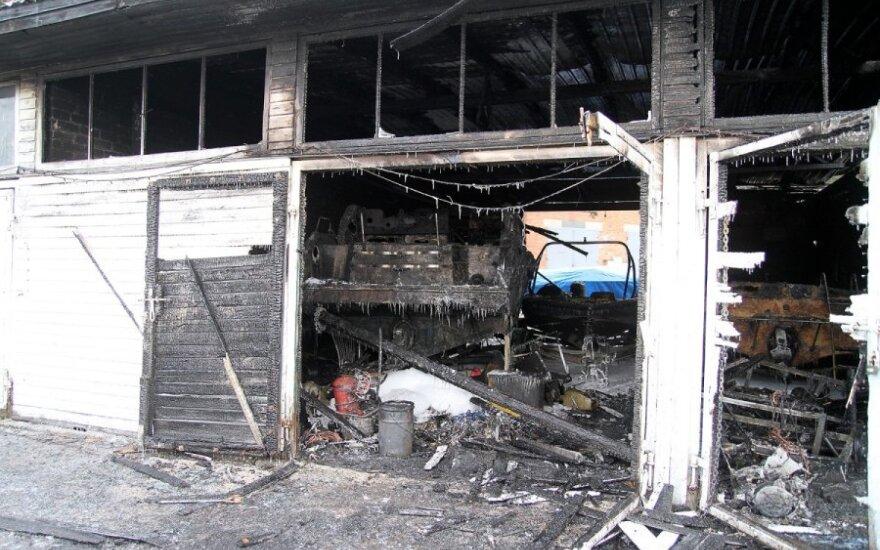 Prie Kauno marių – milžiniškas gaisras