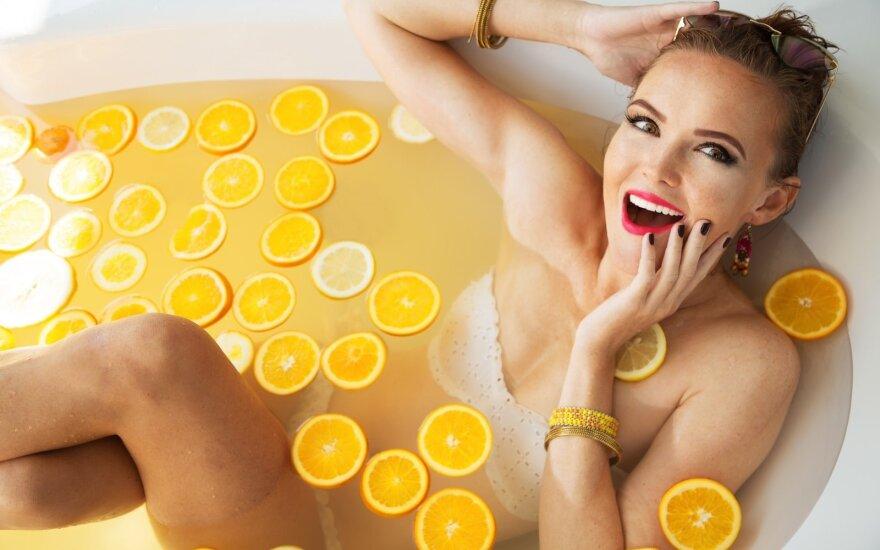 Kokie vitaminai būtiniausi skirtingais moters gyvenimo tarpsniais