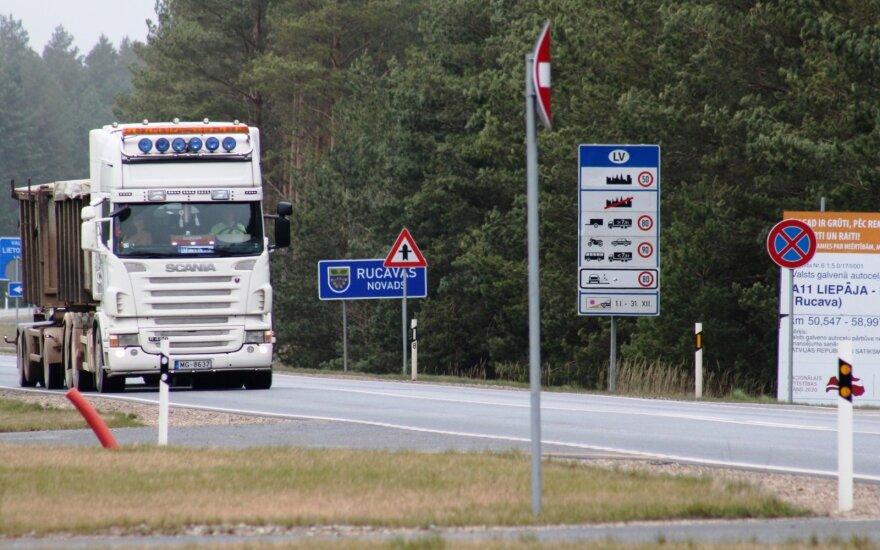 Latvijos vyriausybė leido turistines keliones po Baltijos valstybes