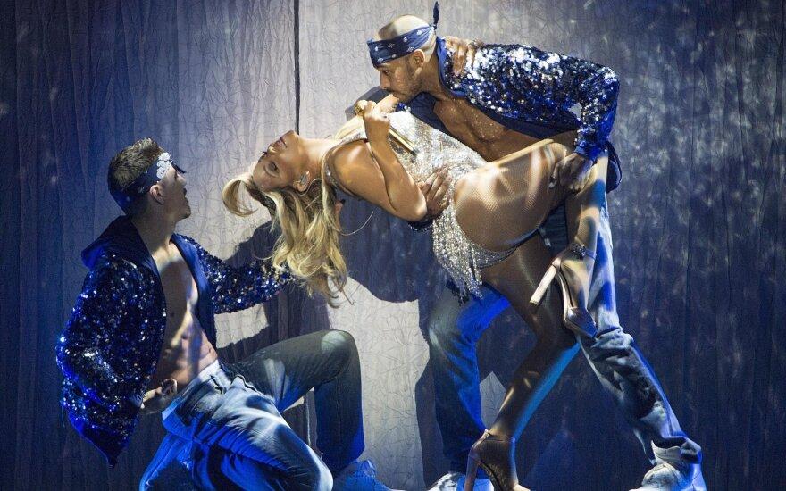 Mariah Carey koncerto akimirka