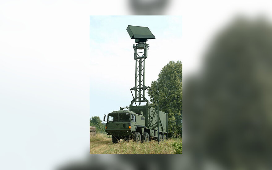 Trimatis oro erdvės stebėjimo radaras