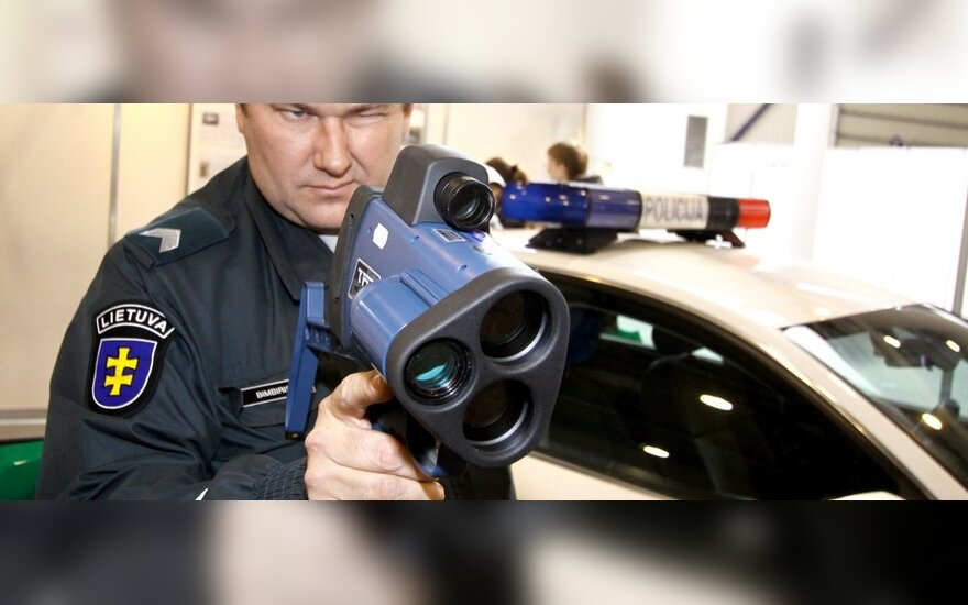 Policijai darbo netrūksta: per dieną pagauti 4 vairuotojai, greitį viršiję daugiau kaip 50 km/val.