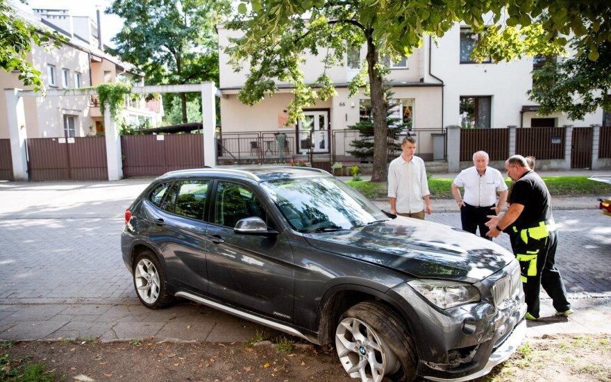 Vilniuje vairuotojas su 4,13 prom. sukėlė avariją: pranešama apie sužalotus asmenis