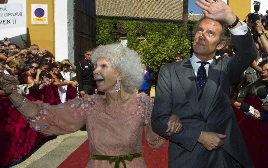 Ispaniją pakerėjo 85-erių metų Albos kunigaikštienės vestuvės