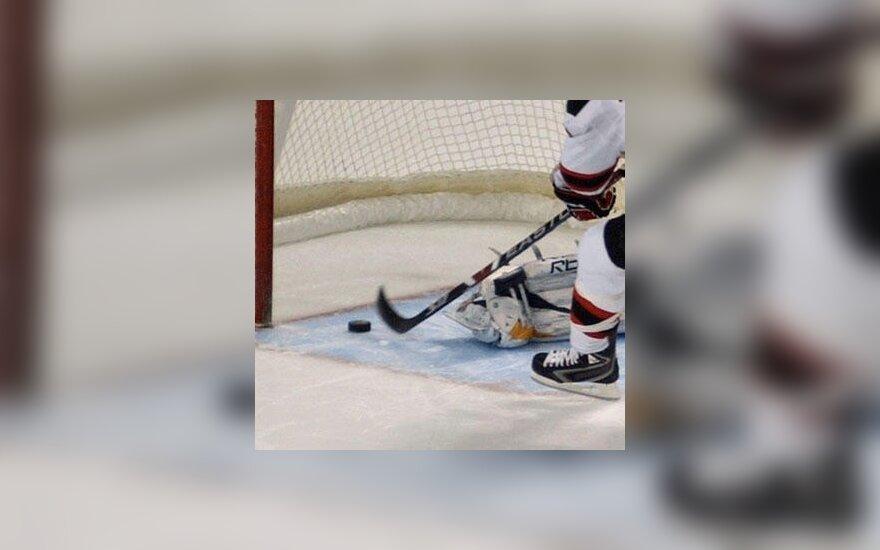 """""""Blues"""" ledo ritulininkai žais NHL pirmenybių atkrintamosiose varžybose"""