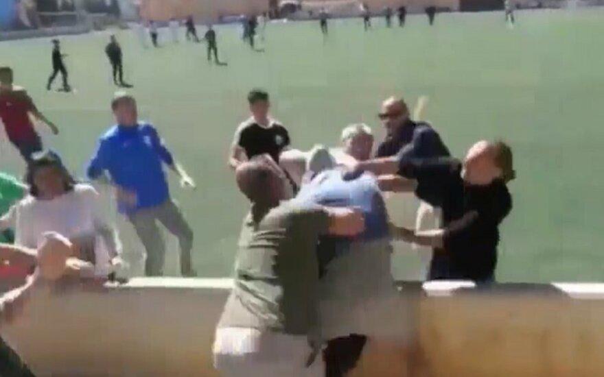 Tėvų muštynės per vaikų futbolo rungtynes Ispanijoje