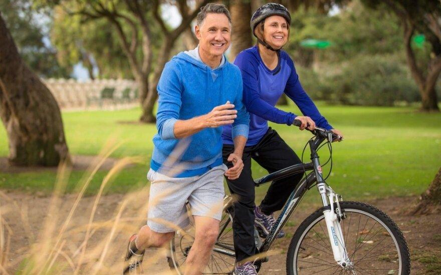 Geriau negu nieko: dėl savo sveikatos sportuokite nors savaitgaliais