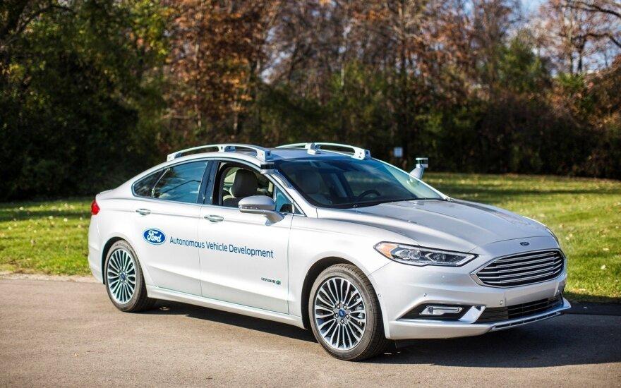 """""""Ford Fusion Hybrid"""""""