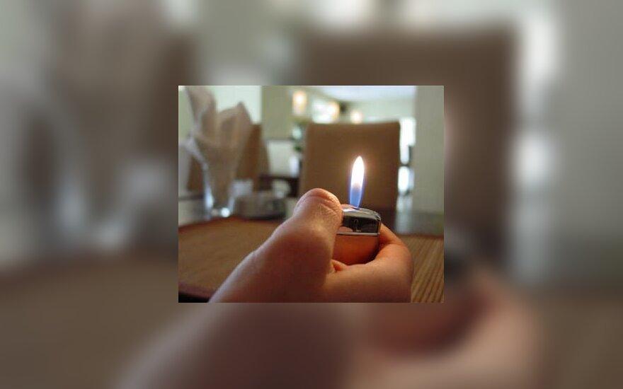 Savo draugę sudeginęs 18-metis nuteistas iki gyvos galvos