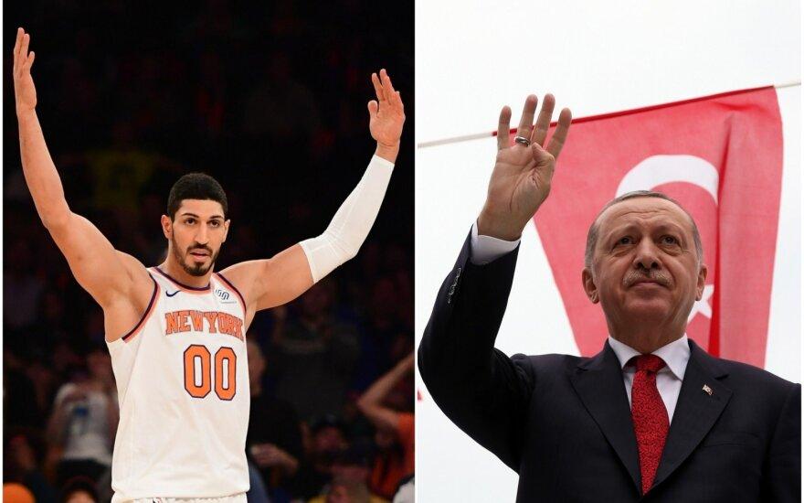 Enesas Kanteris (kairėje), Recepas Tayyipas Erdoganas