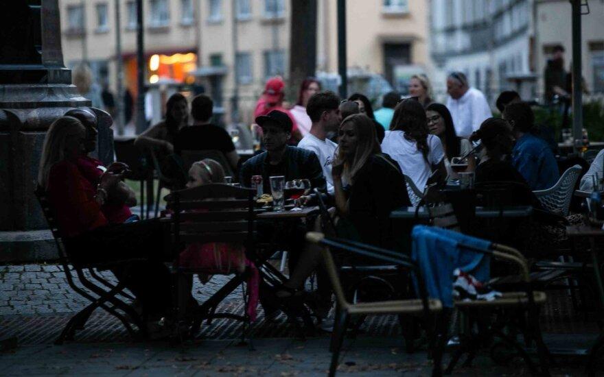 Restoranų ir viešbučių asociacija: nereikia tikėtis labai didelių apyvartų rudenį