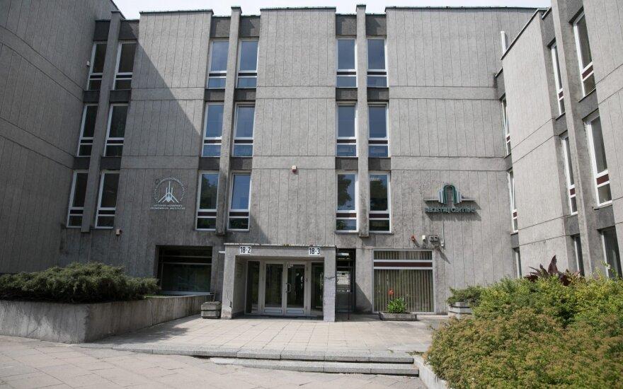 Registrų centras šiemet užfiksavo penkis atvejus, kai buvo bandoma neteisėtai perimti įmonės akcijas
