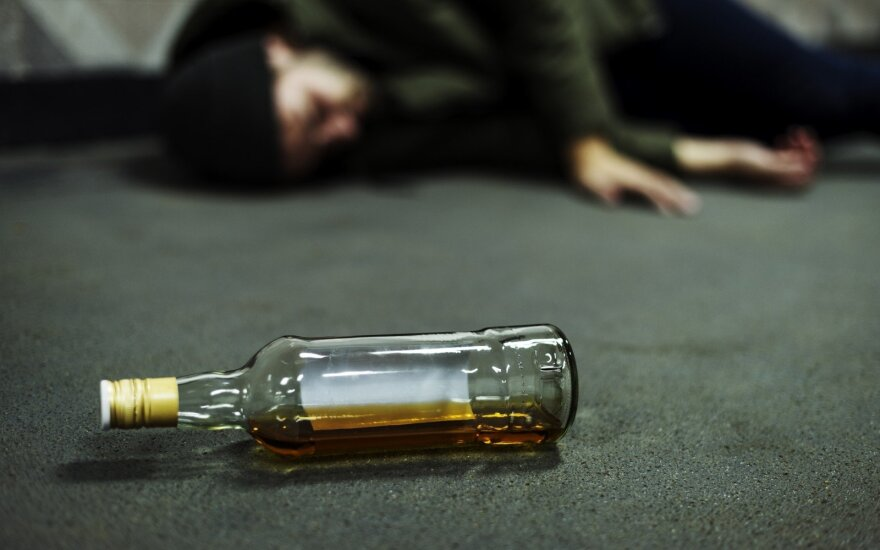 Alcohol-related deaths on decline in Lithuania