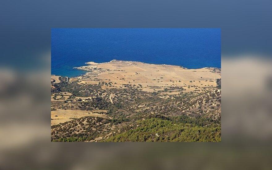 Kipro turkų rinkimus laimėjo griežtosios linijos šalininkai