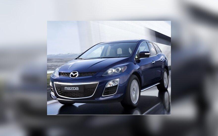 """""""Mazda"""" atnaujino """"CX-7"""" visureigį"""