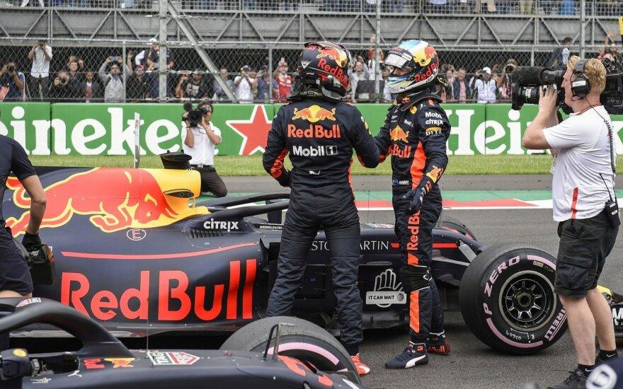 Danielis Ricciardo ir Maxas Verstappenas