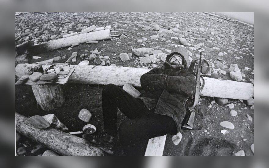 Juozo Kazlausko fotografija, 1979. Sargybinis. Naujoji Žemė