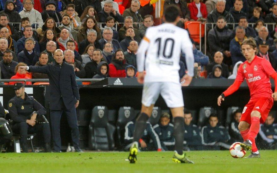 """Pirmasis Zidane'o pralaimėjimas sugrįžus: """"Real"""" krito Ispanijoje"""