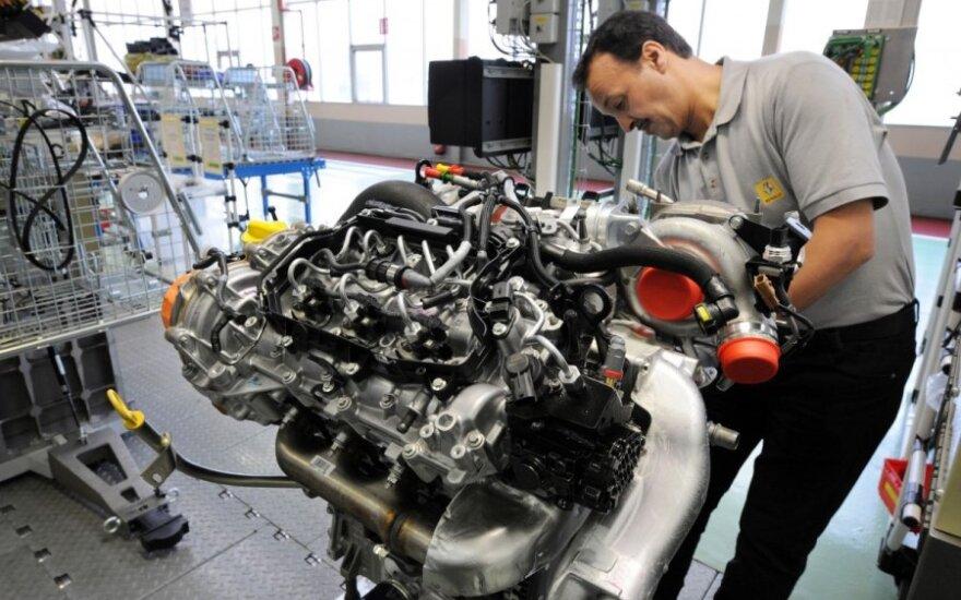 """Renault"" V6 variklis"