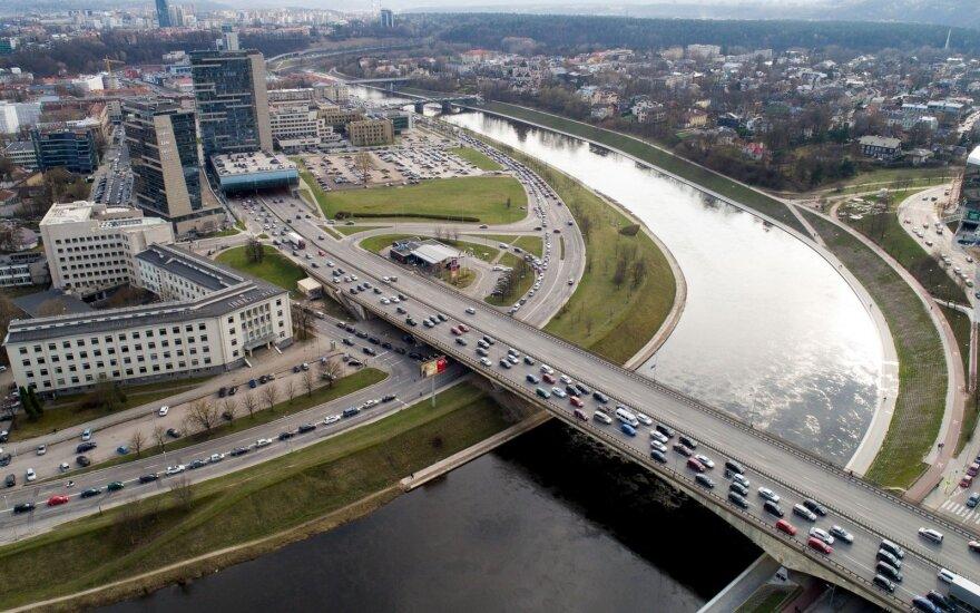 Revoliucija: nuo Vilniaus iki Berlyno – greičiau nei per valandą ir pigiau nei lėktuvu