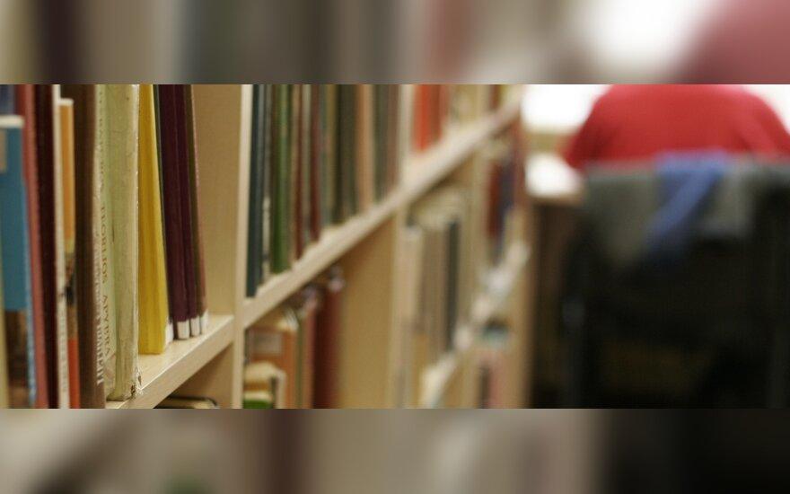 Prienų bibliotekai suteiktas J.Marcinkevičiaus vardas