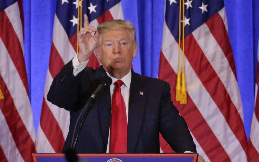 """""""Forbes"""": po D Trumpo pergalės Rusijos milijardieriai krauna turtus"""