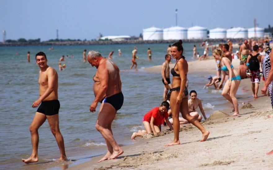 Šokas: į paplūdimį – tik su bilietu