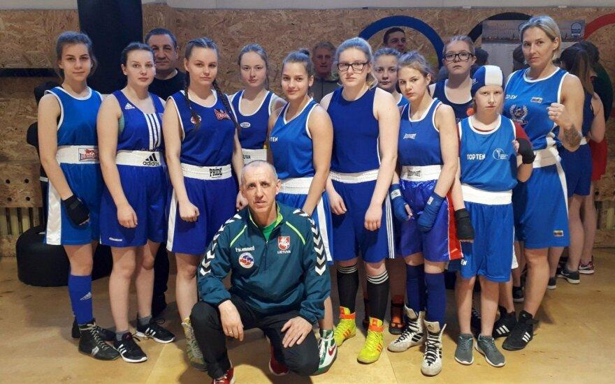 Naujovė Dano Pozniako bokso turnyre – kovos ir merginos