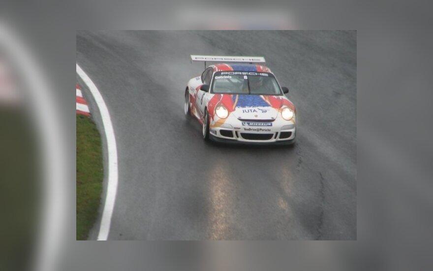 "Jonas Gelžinis su ""Porsche"""