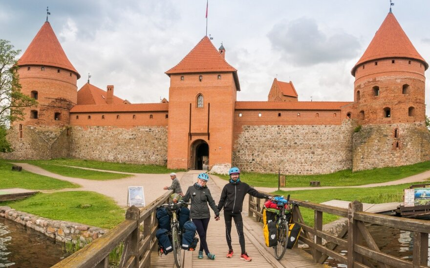 Trakai castle. Photo courtesy of Rowe Lovers
