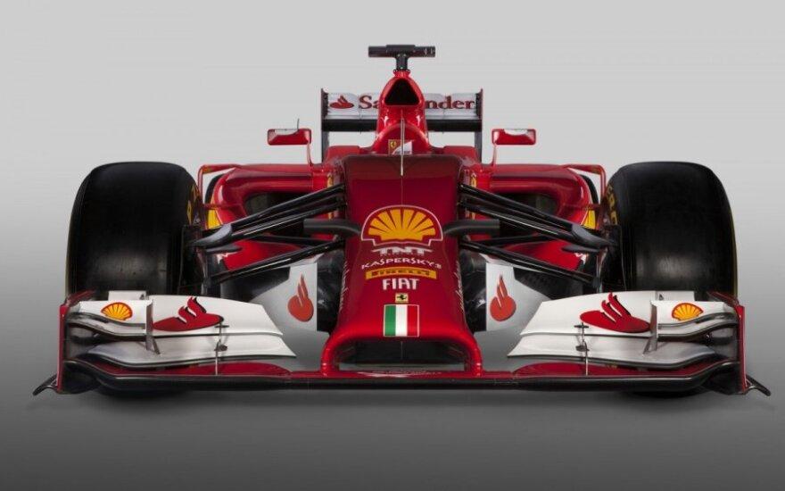 "Naujasis ""Ferrari F14 T"" automobilis"