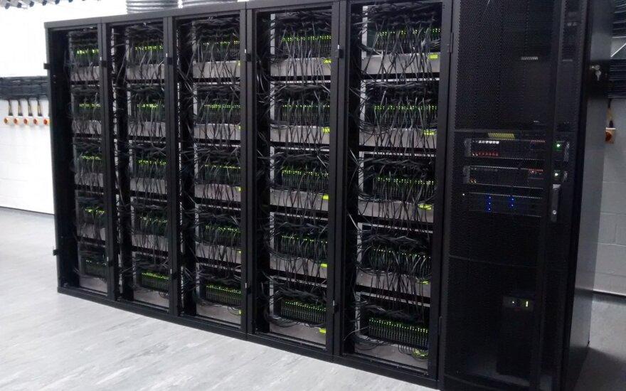 Spiking Neural Network Architecture (SpiNNaker)