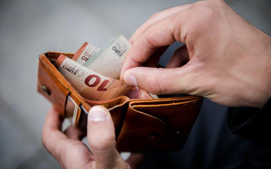 Antstoliai: skolų išieškojimas gali pigti trečdaliu