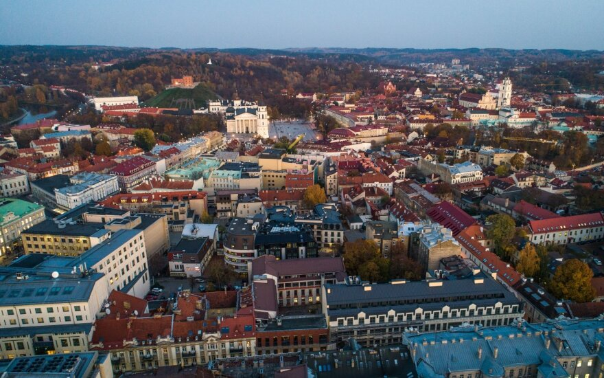 Revolution in Vilnius Old Town: no more transit