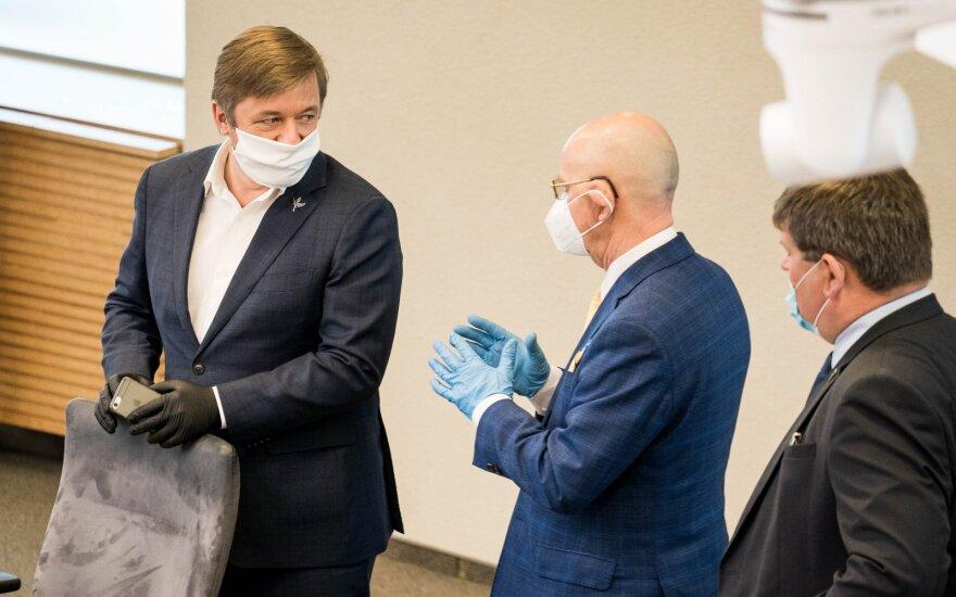 Ramūnas Karbauskis, Antanas Vinkus